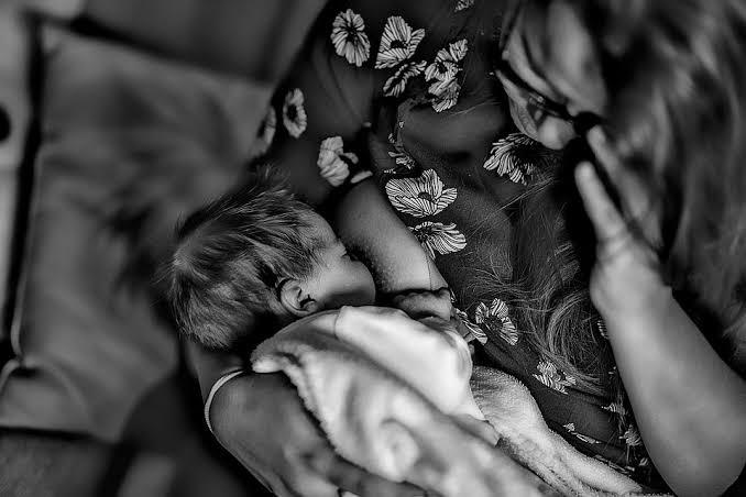amamentação-preocupação-bebê-seio-leitematerno